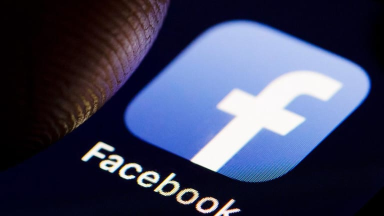 Buy Facebook as It's Extremely Oversold and Holding a Key Moving Average