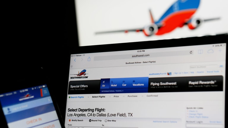 Southwest Airlines Expected to Earn 61 Cents a Share
