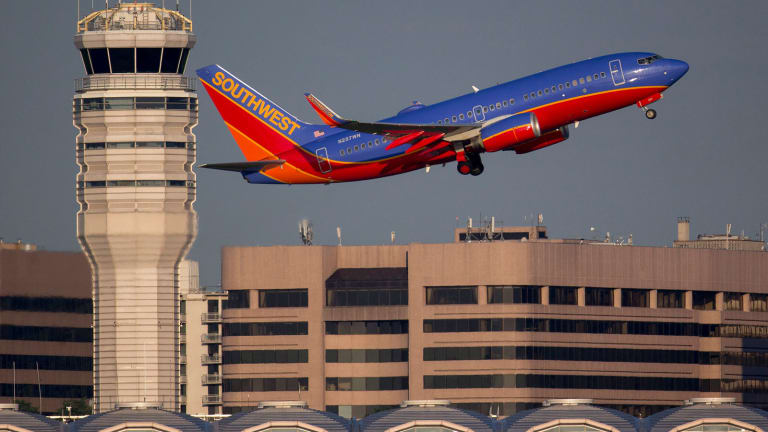 Airline Stocks Are Rising Despite Headwinds - How to Trade Them