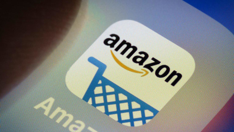 Buy Amazon to Participate in This Year's Santa Claus Rally