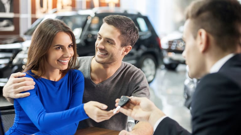 How to Buy a Car With Cash in 2020