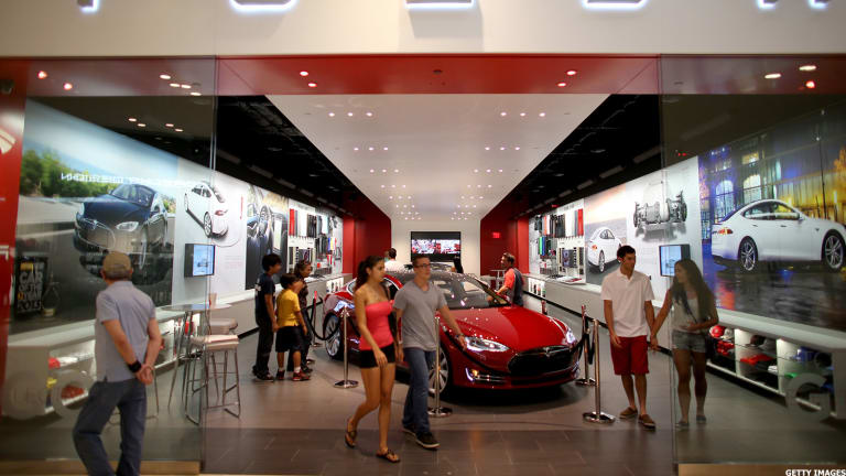 UBS Continues To Say Sell Tesla Ahead Of Upcoming Model 3 Launch