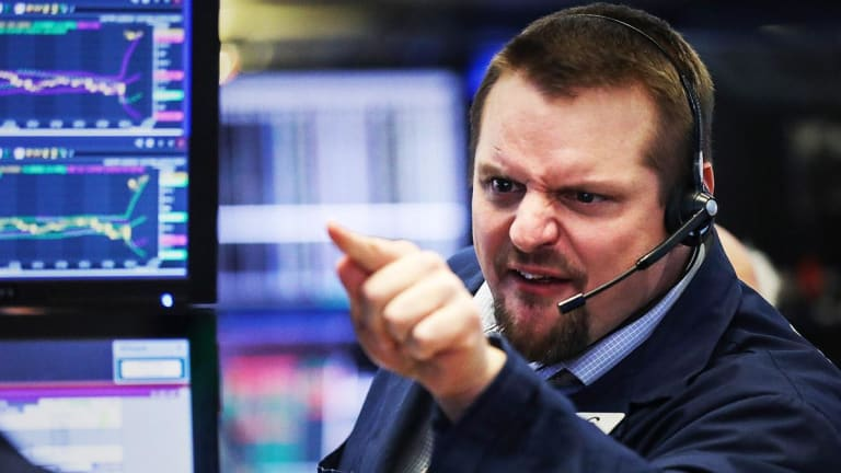 Stocks Close Down, Dow Trades Lower Amid Global Growth Worries