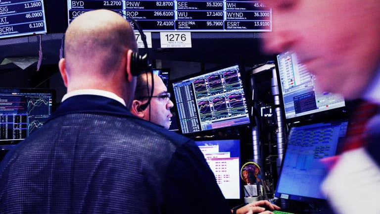 Dow Gains 444 Points Ahead of Trade Talks Next Week