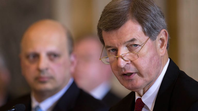 Why BB&T Is Shifting From Dealmaking to Stock Buybacks