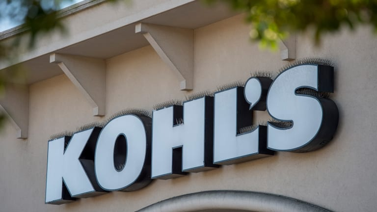 Kohl's Reverses Course After Cautioning on Second Half