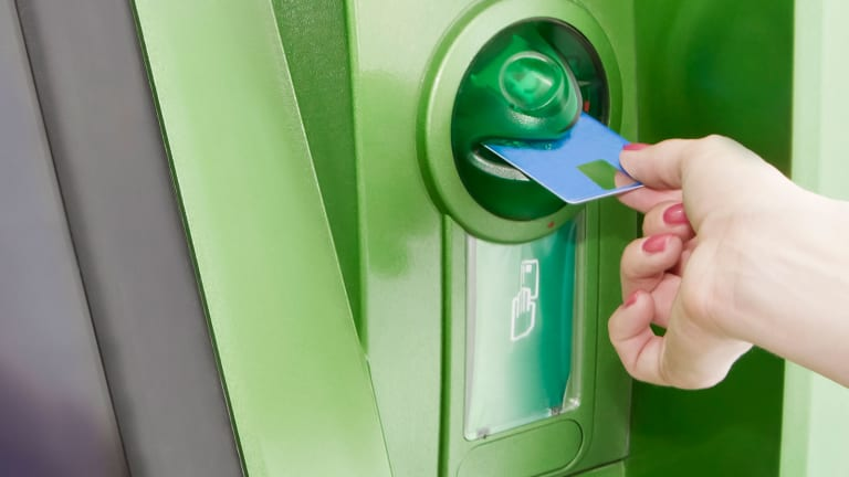 5 Ways to Consolidate Credit Card Debt
