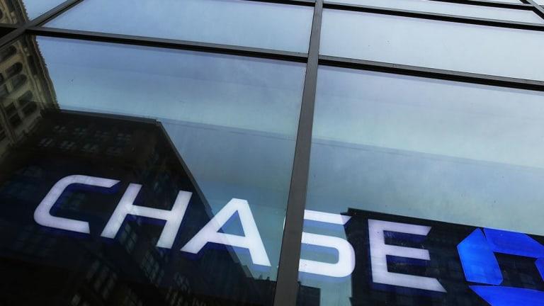 JPMorgan Chase Shuffles Its Top Executives, Piepszak Named Finance Chief