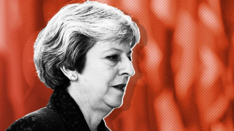 UK Prime Minister Theresa May Survives No-Confidence Vote, Vows New Brexit Plan