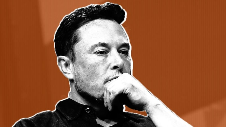 Tesla Private: A Visual Timeline of Elon Musk's Crazy Day on Twitter