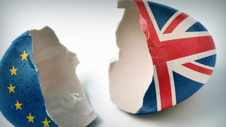 Brexit: Best, Blindfold or Backtrack? UK Options to Exit, or Remain in, EU Grow