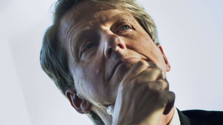 Fed Is Stabilizing Force, Trump's Talk Is Ominous, Yale Professor Shiller Says