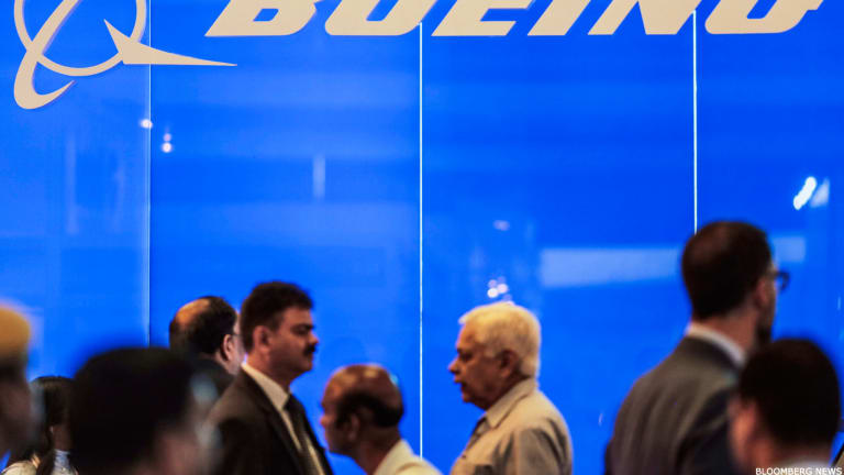Boeing Beats 4Q Estimates but 2016 Guidance Disappoints