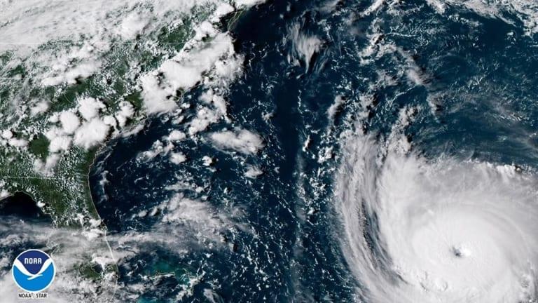 Hurricane Florence Makes Landfall; Carolinas Brace for Rain, Power Outages