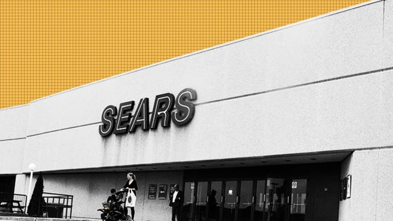 Sears Hits Record Low as Restructuring Expert Joins Board Ahead of Debt Deadline