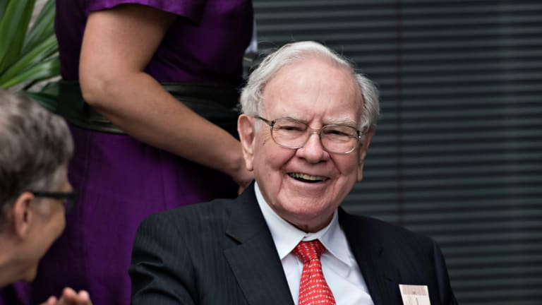 10 Very Big Companies Warren Buffett Should Buy With His $116 Billion Cash Hoard