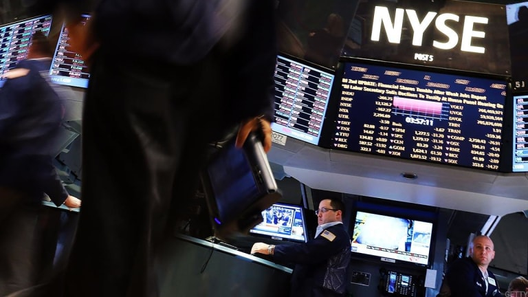 US Stocks Braced for More Selling as Global Markets Tumble in Wall Street's Wake