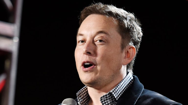 Tesla's Elon Musk Must Realize He Can't Do It All: Dumbest Thing on Wall Street