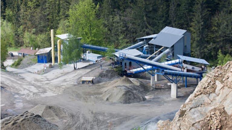 Chinalco Giving U.S. Investors a Way to Play China Rare Earths