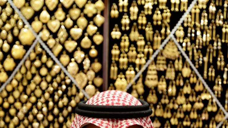 Gold Prices Jump on Overseas Stimulus Hopes