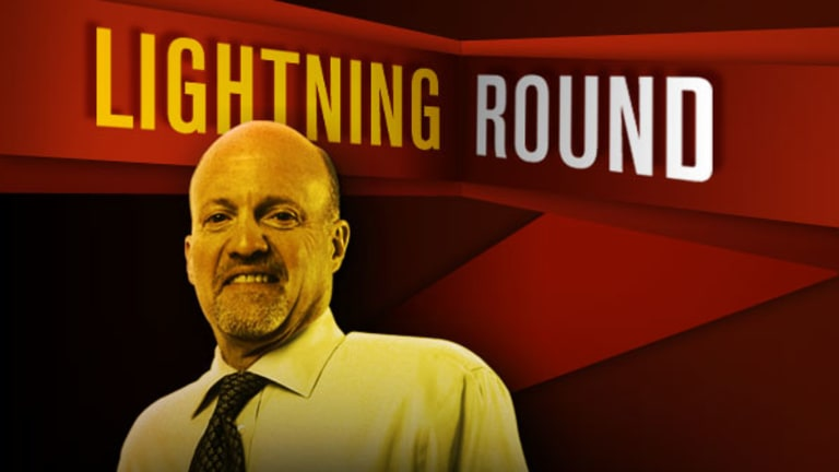 'Mad Money' Lightning Round: Smith & Wesson Shoots Higher