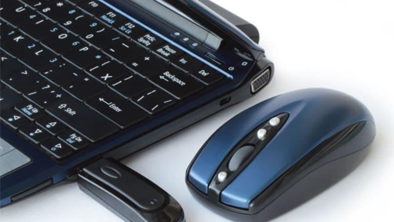 Ancestry.Com, Sirius, Apple: Tech Premarket