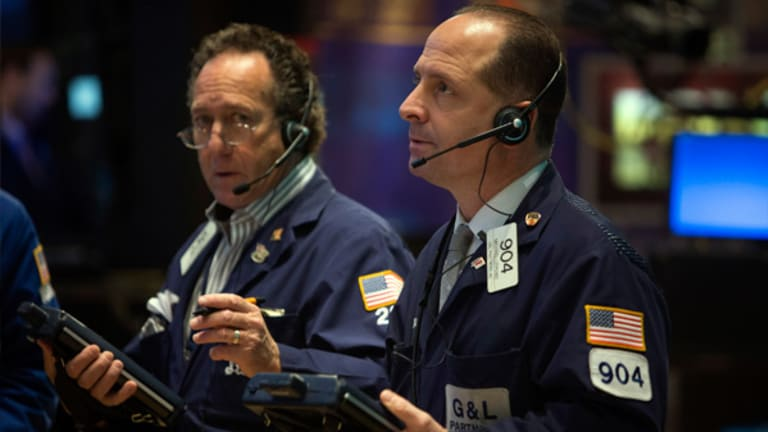 Stocks Pummeled by Eurozone, Fiscal Cliff Worries