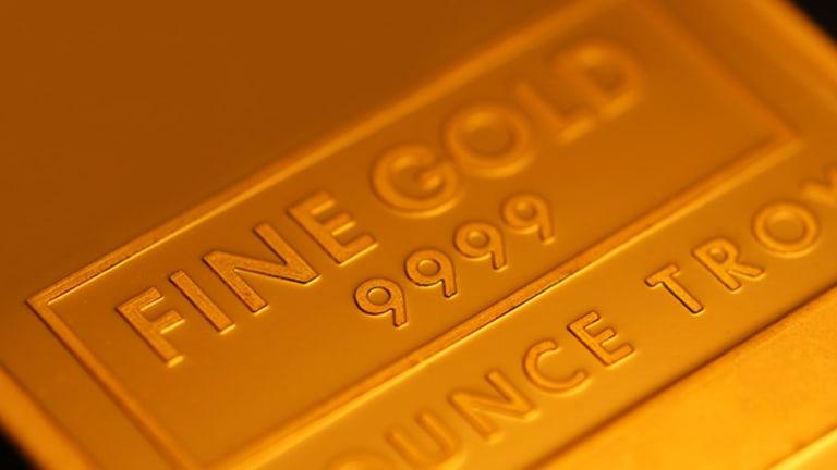 Gold Prices Climb on Weaker U.S. Dollar (Update 1)