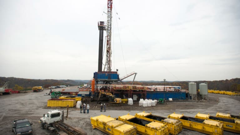 Fracking Won't Stop Even With Oil Staying at Multi-Year Lows