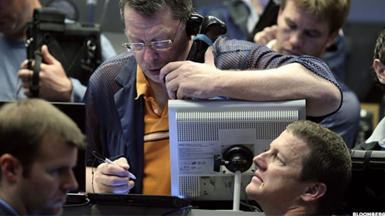Which Defense Stocks Does Jim Cramer Like Ahead of President Barack Obama's Speech Tonight?