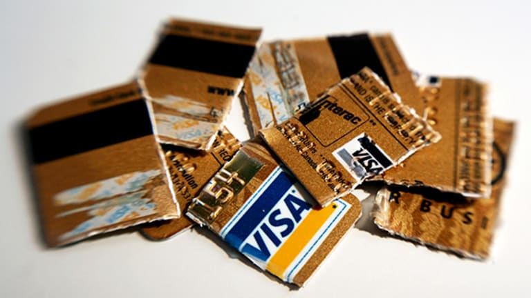 5 Common-Sense Tips to Help Avoid Credit Card Fraud, ID Theft