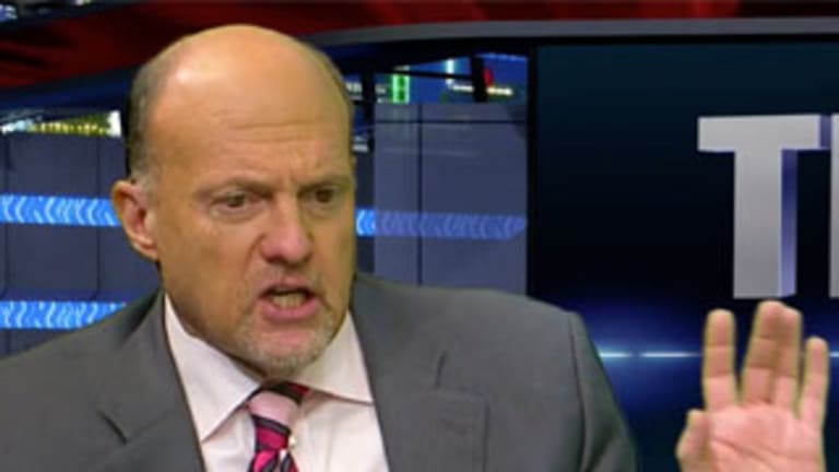 Jim Cramer's Mad Dash: Palo Alto Networks Should be Higher