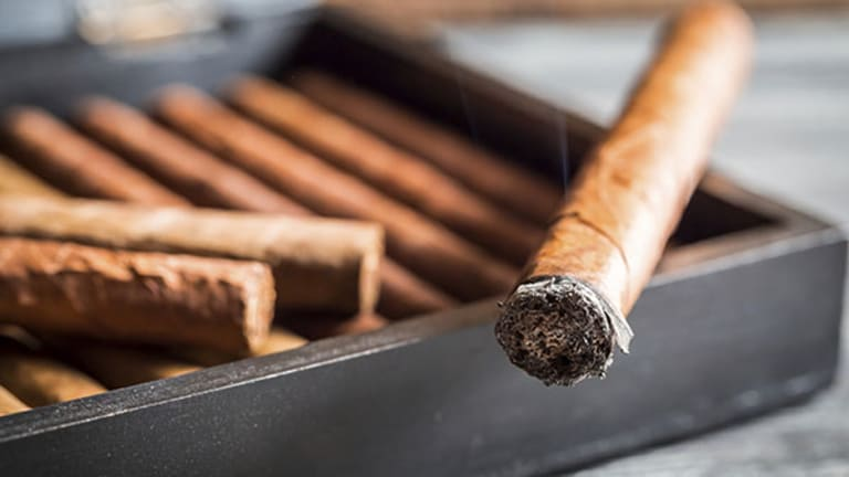 What You Need to Know About Those Cuban Cigars You Crave