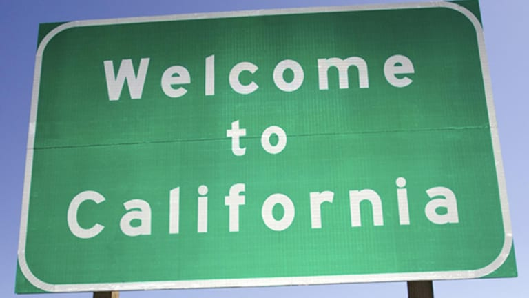 California Law Says It's Now Legal to Complain Online: Rant Away