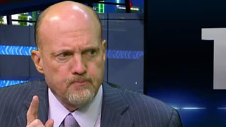 Jim Cramer's Mad Dash: Looking at GE, Bank of America, Macy's