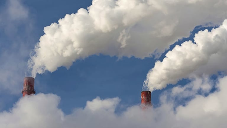 Legal Loophole Lets Fossil Fuel Emit Toxins in 6 States, Report Says