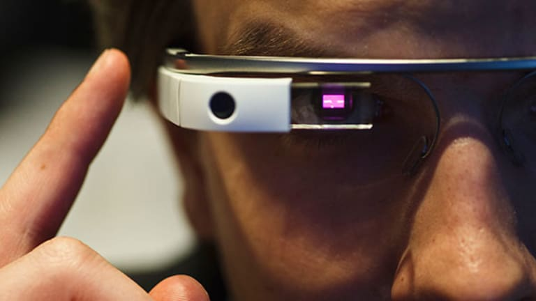 Google Glass Goes Upscale With Luxottica Deal