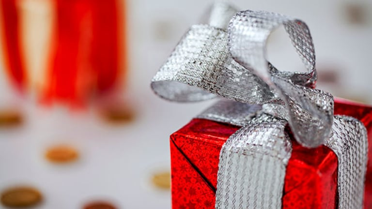 Tax Guidelines About Gifting