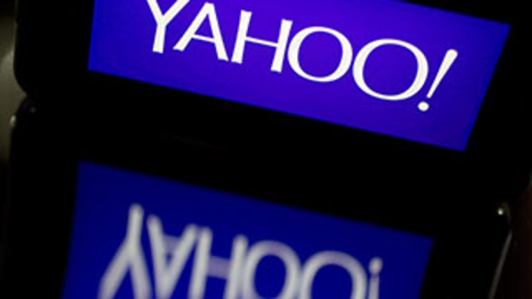 How Facebook Atlas Poses a Huge Threat to Yahoo!'s Already Flagging Display Business