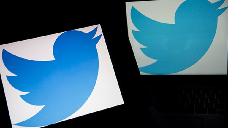 Twitter Plunges: Q1 Live Blog