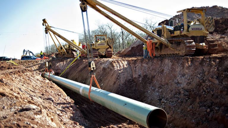 Stalled Keystone XL Pipeline Project a Big Win for Gulf Coast Oil Refineries if Approved