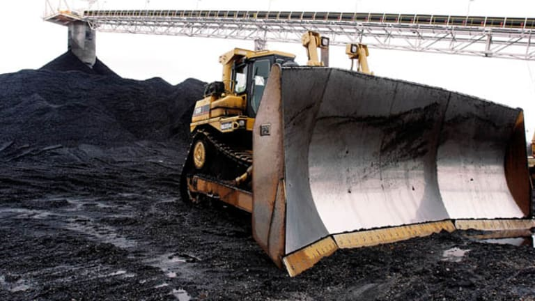 Peabody Energy's Painful Downtrend Still Offers Opportunity to Trade