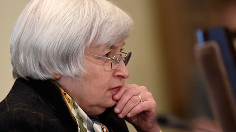 How Will Federal Reserve Policy Affect U.S. Stocks in 2015?