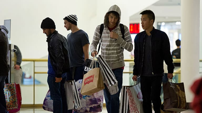 Black Friday Shopping: Contrary to Popular Belief, It's a Guy Thing