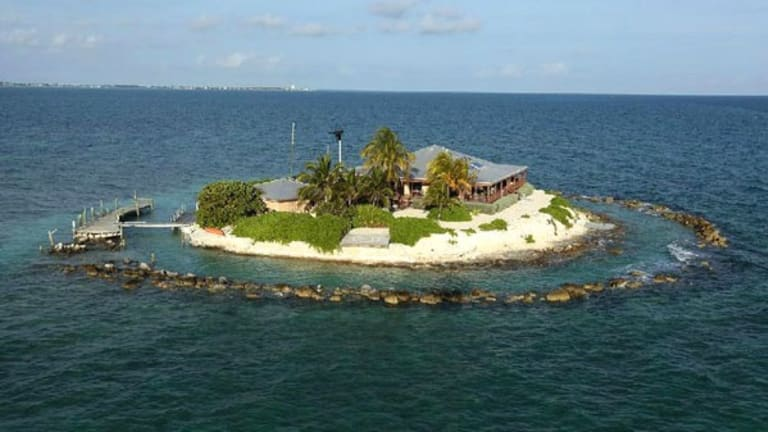 10 Quirkiest Vacation Homes You Can Rent This Summer
