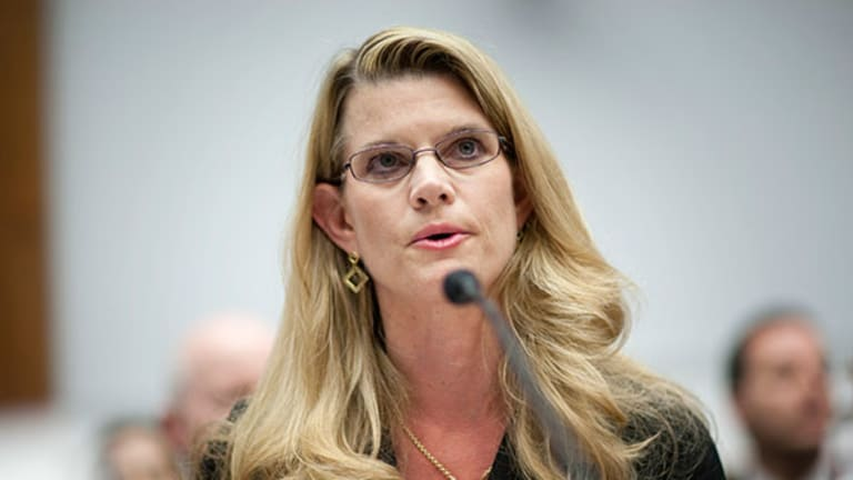 Blonde Go-Getter Fined $1 Million in Bank of America Fraud Case