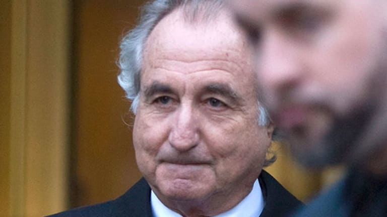 Ponzi Scheme? Don't Be a Victim -- Read These Anti-Madoff Tips Now