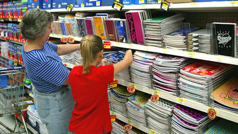 5 Ways to Avoid Overspending on Back-to-School Shopping