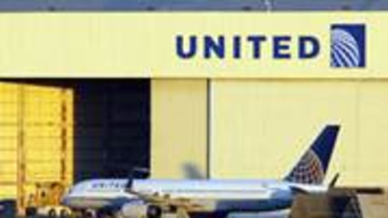 Wall Street Likes United but Support From Pilots Continues to Lag