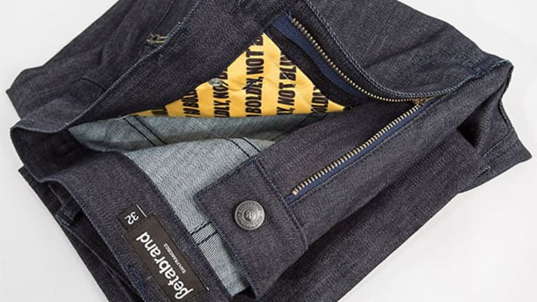Hack-Proof Pants Protect Your Credit Cards from Digital Pickpockets